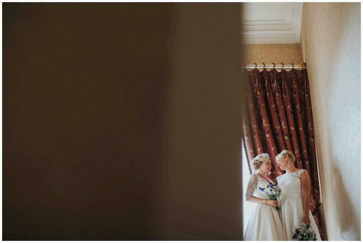 johnny-corcoran-wedding-portrait-photography-lifestyle-dublin-ireland-elephant-shoe_1497