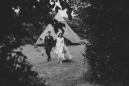 5D3 0854 uai - Fun and Relaxed wedding and elopement photography in Ireland, perfect for adventurous and outdoorsy couples