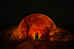 blood moon uai - Fun and Relaxed wedding and elopement photography in Ireland, perfect for adventurous and outdoorsy couples