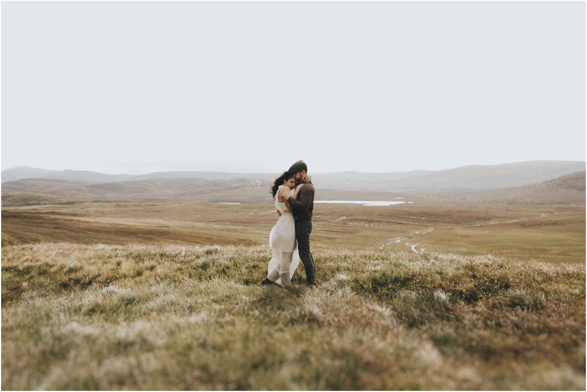 Rachel + David - Hiking Elopement in Muckish Mountain and Poisoned Glen, Donegal 11