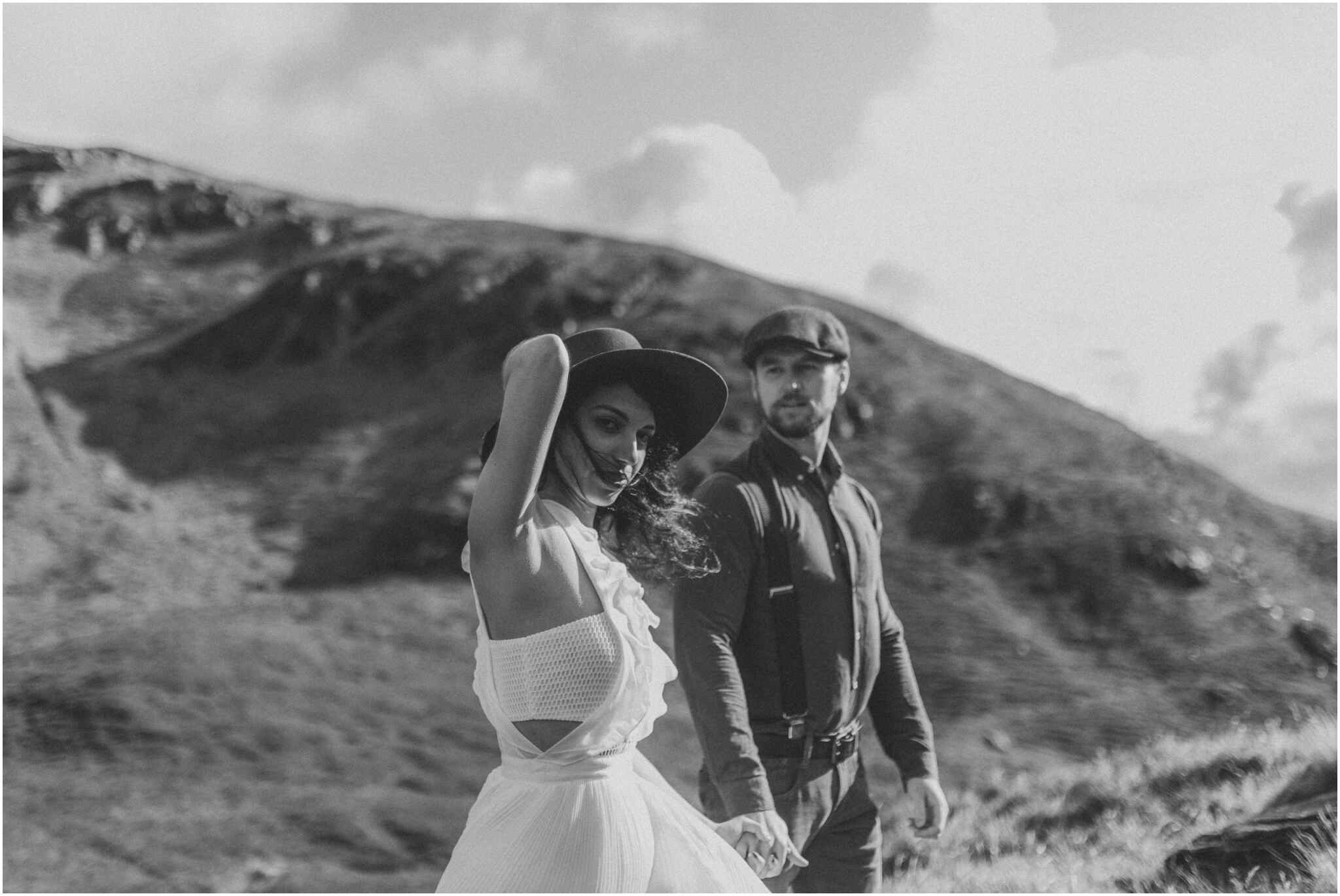 Rachel + David - Hiking Elopement in Muckish Mountain and Poisoned Glen, Donegal 5
