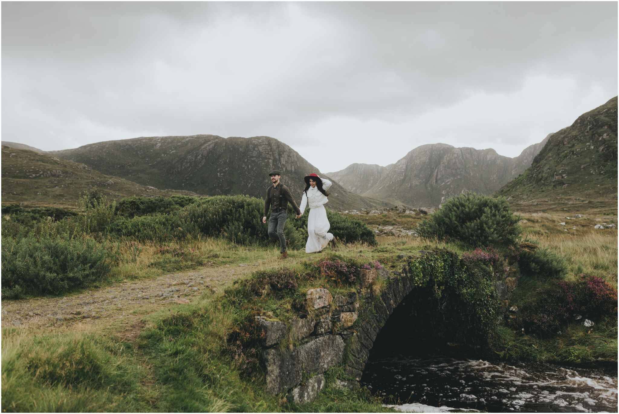 Rachel + David - Hiking Elopement in Muckish Mountain and Poisoned Glen, Donegal 42