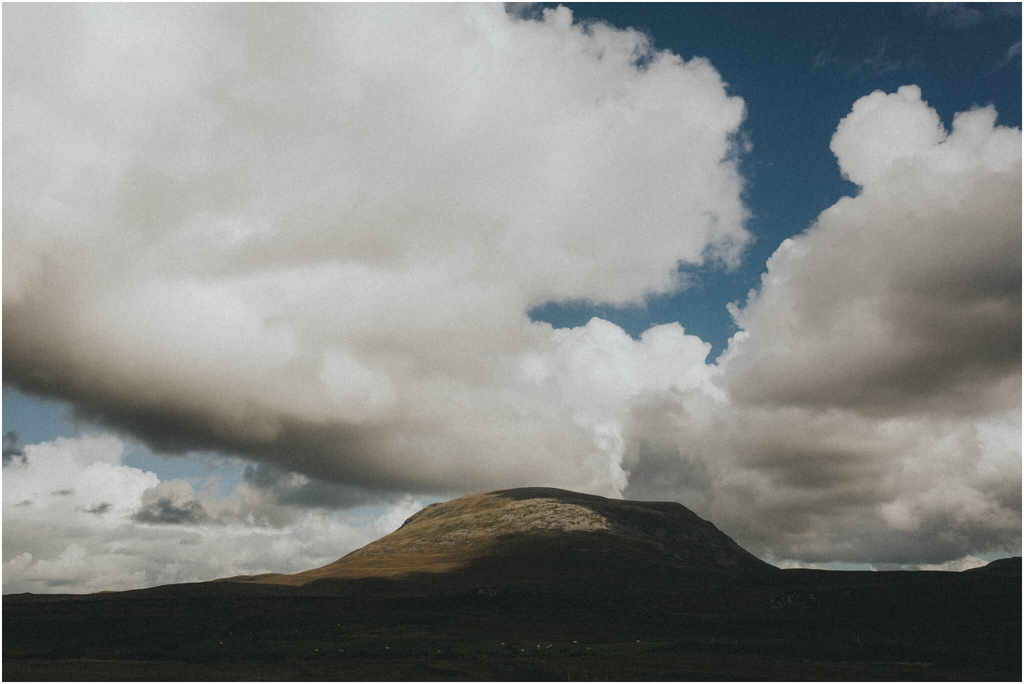 Rachel + David - Hiking Elopement in Muckish Mountain and Poisoned Glen, Donegal 2
