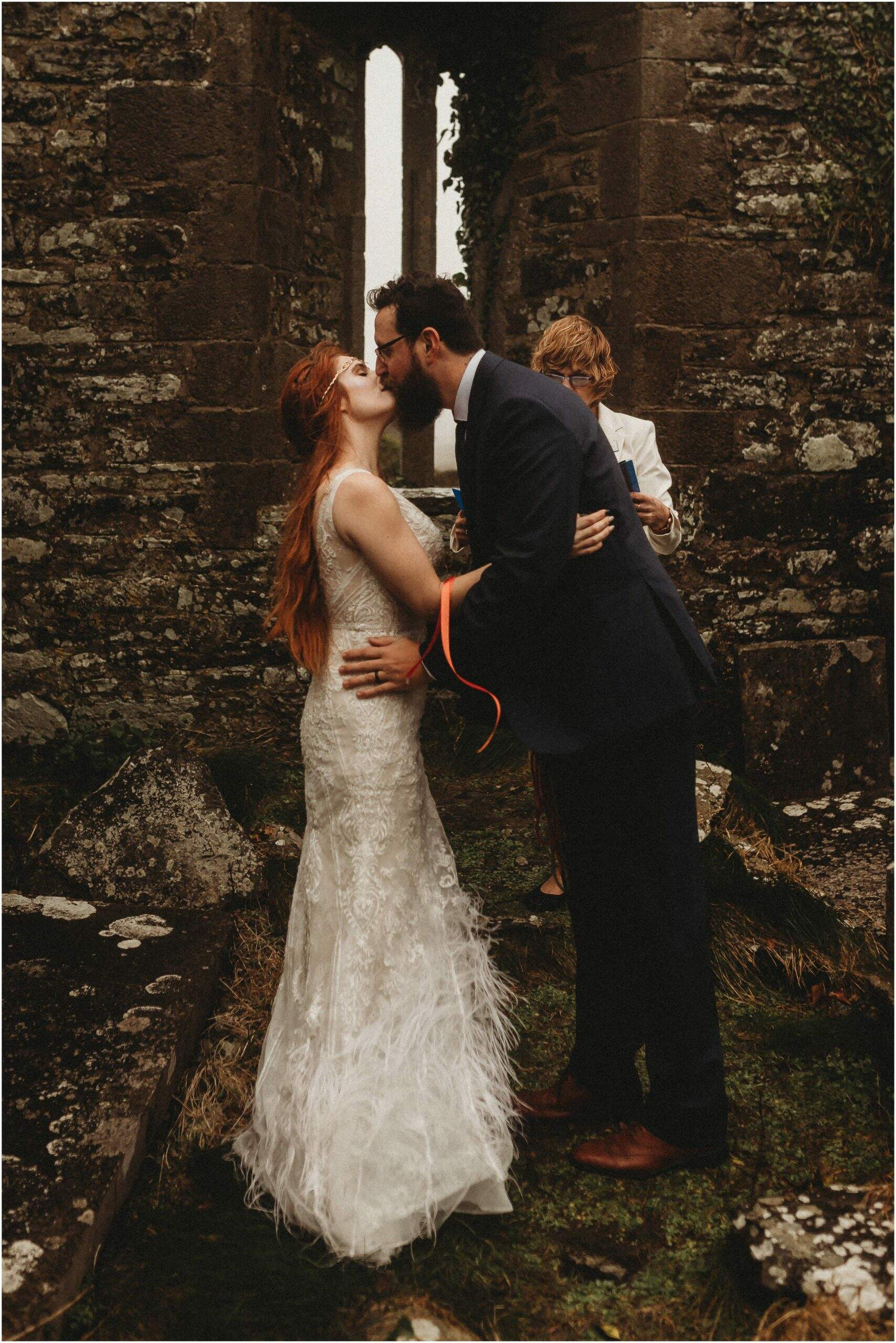 Cliffs of moher elope first kiss